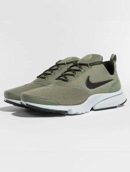 Nike Sneaker Presto Fly olive