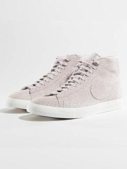 Nike Sneaker Blazer Mid rot