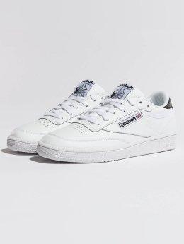Reebok Frauen Sneaker Club C 85 Emboss in weiß