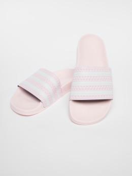adidas originals Chanclas / Sandalias Adilette fucsia