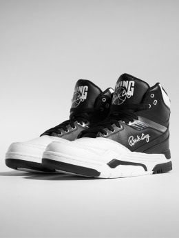 Ewing Athletics Tennarit Center musta