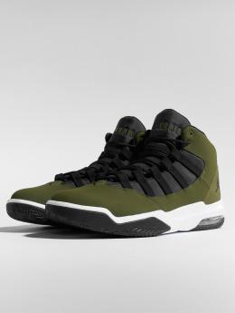Jordan Sneaker Max Aura oliva