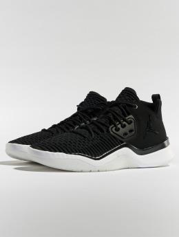 Jordan Sneakers DNA LX èierna