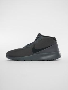 Nike Сникеры Tanjun Chukka серый
