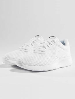 Nike Baskets Tanjun blanc