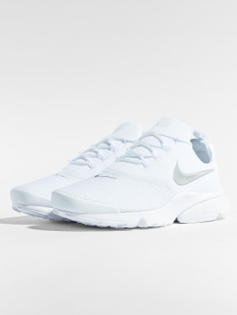 Nike Baskets Presto Fly blanc