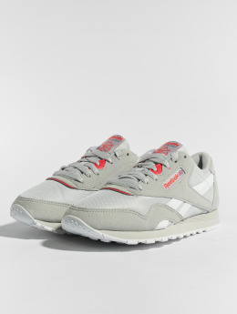 Reebok Сникеры CL Nylon M TXT серый