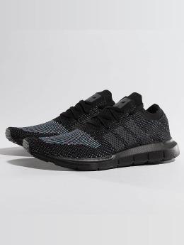 adidas originals Baskets Swift Run Primeknit noir