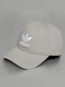 adidas originals Snapback Caps Trefoil šedá