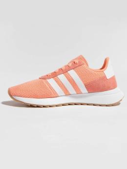 adidas originals Flashback Runner Sneakers Chalk Coral/Footwear White/Gum
