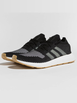 adidas originals Swift Run Primeknit Sneakers Core Black/Off White/Footwear White