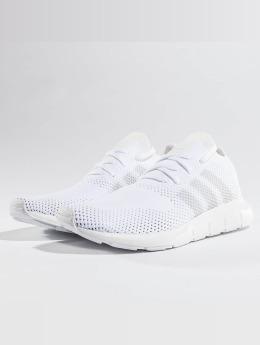 adidas originals Tennarit Swift Run Pk valkoinen
