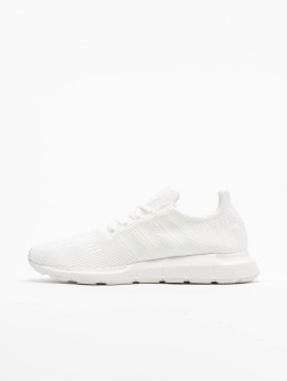 adidas originals Tennarit Swift Run valkoinen