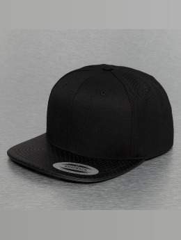 Flexfit Snapback Caps Perforated Visor musta