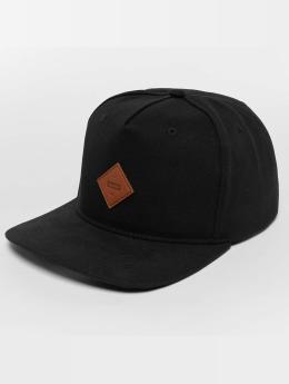 Globe Snapback Caps Gladstone II musta