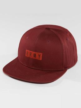 Grimey Wear snapback cap Overcome rood