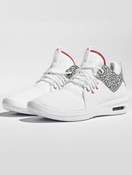 Jordan Baskets First Class blanc