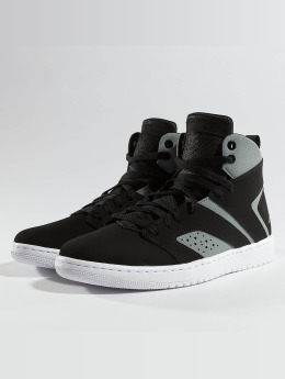 Jordan Baskets Legend noir