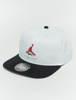 Jordan Snapback Caps Pro bialy