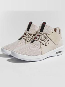 Jordan Sneakers First Class beige