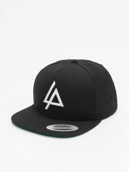 Merchcode Snapback Caps Linkin Park Logo musta