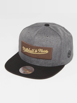Mitchell & Ness Casquette Snapback & Strapback The Leather And Golden Own Brand Patch gris