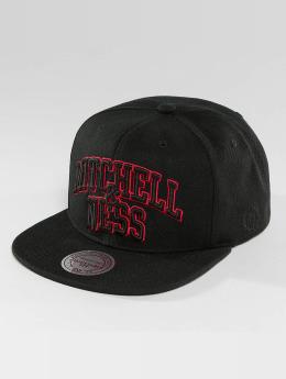 Mitchell & Ness Red Pop Team Arch Snapback Cap Black
