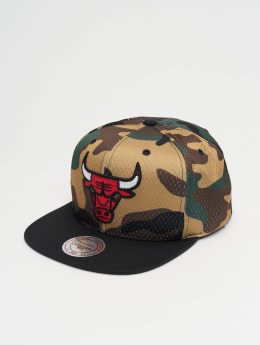Mitchell & Ness Woodland Chicago Bulls Cover Snapback Cap Camo