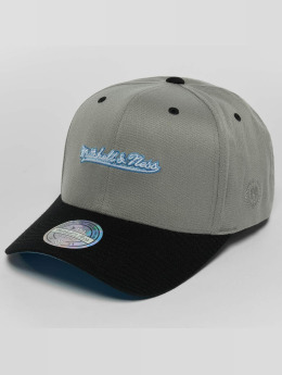 Mitchell & Ness Snapback Cap Weekend 2 110 Curved grau