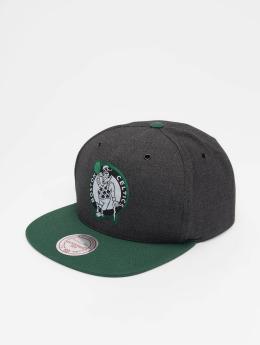 Mitchell & Ness Snapback Cap NBA Bosten Celtics Woven Reflective grau