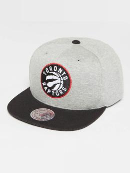 Mitchell & Ness The 3-Tone NBA Toronto Raptors Snapback Cap Grey Heather/Black/Red
