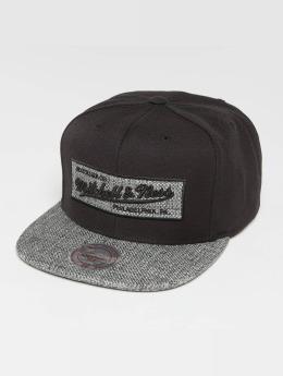 Mitchell & Ness Own Brand Woven TC Snapback Cap Black/Grey