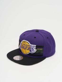 Mitchell & Ness snapback cap Woodland LA Lakers Covert paars
