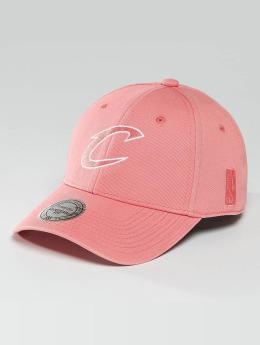 Mitchell & Ness Snapback Cap NBA Pastel 2-Tone Logo Cleveland Cavaliers rosa