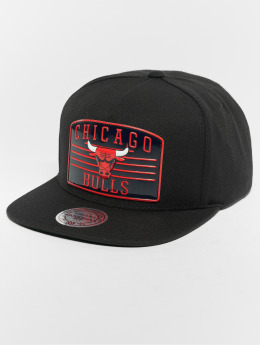 Mitchell & Ness Snapback Cap NBA Chicago Bulls Weald Patch schwarz