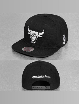 Mitchell & Ness snapback cap Black & White Chicago Bulls zwart