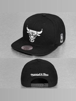 Mitchell & Ness snapback cap Black & White Chicago Bulls zwart