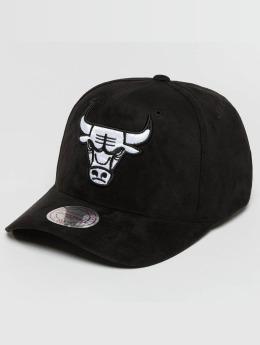 Mitchell & Ness snapback cap 110 Curved NBA Chicago Bulls Suede zwart