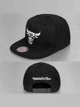 Mitchell & Ness Snapback Caps Black & White Logo Series čern