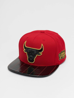 Mitchell & Ness Snapback Caps Seeing Chicago Bulls červený