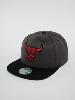 Mitchell & Ness Snapback Caps NBA Chicago Bulls šedá