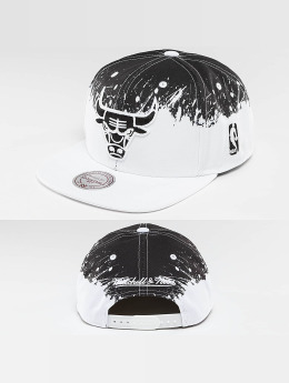Mitchell & Ness Snapback Caps Spatter Chicago Bulls hvid