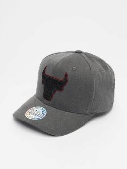 Mitchell & Ness Snapback Caps NBA Chicago Bulls Washed Denim 110 Curved svart