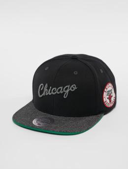 Mitchell & Ness Snapback Caps NBA Chicago Bulls Melange Patch svart