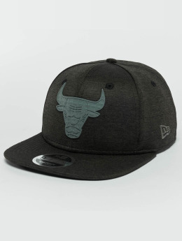 New Era Casquette Snapback & Strapback Concrete Jersey Chicago Bulls 9Fifty noir