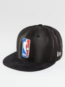 New Era Fitted Cap NBA 17 On Court Logo schwarz