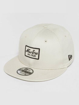 New Era snapback cap Script Patch 9Fifty beige