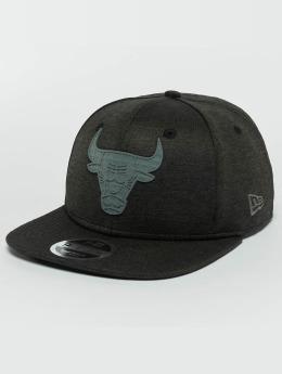 New Era Snapback Cap Concrete Jersey Chicago Bulls 9Fifty nero