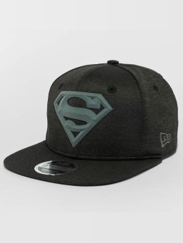 New Era Snapback Cap Concrete Jersey Superman 9Fifty schwarz