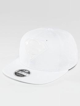 New Era snapback cap Tonal Logo Weld Superman wit
